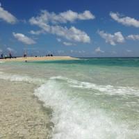 波のバラス島